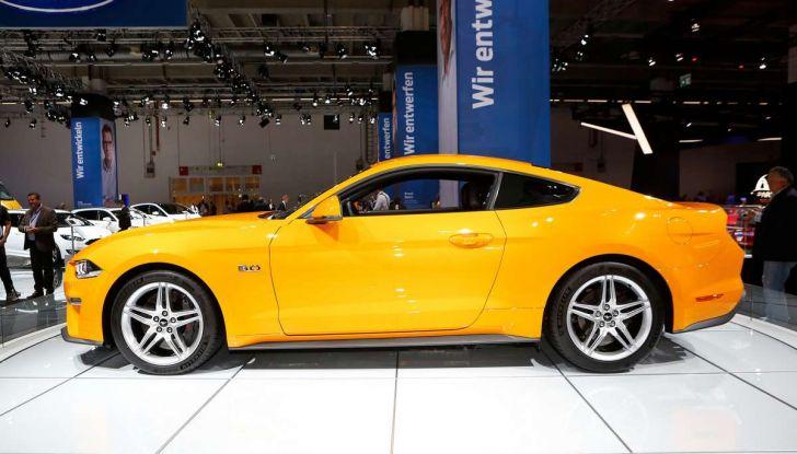 Ford Mustang Facelift 2017 - Foto 3 di 12