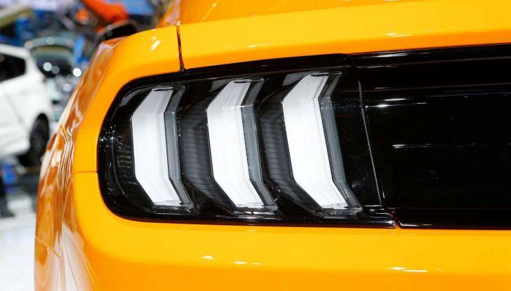 Ford Mustang Facelift 2017 - Foto 5 di 12