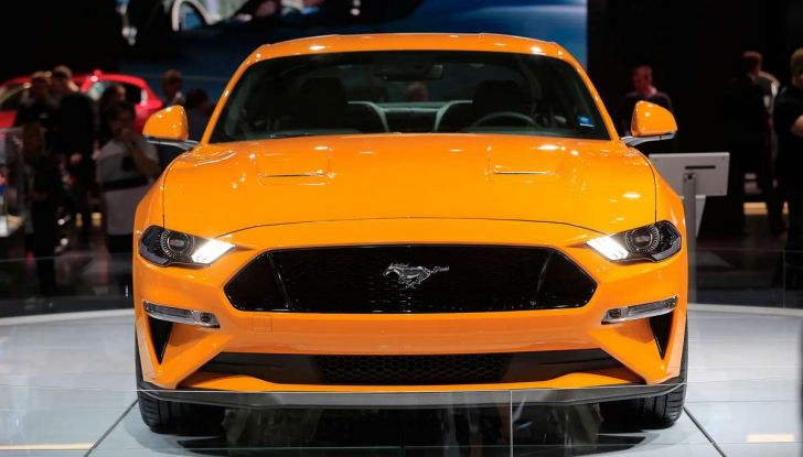 Ford Mustang Facelift 2017 - Foto 4 di 12