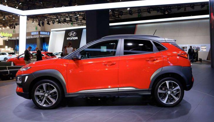 Hyundai Kona, dettagli e caratteristiche del nuovo SUV - Foto 2 di 20