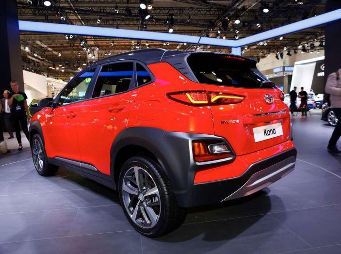 Hyundai Kona, dettagli e caratteristiche del nuovo SUV - Foto 3 di 20