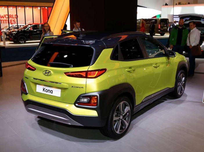 Hyundai Kona, dettagli e caratteristiche del nuovo SUV - Foto 19 di 20