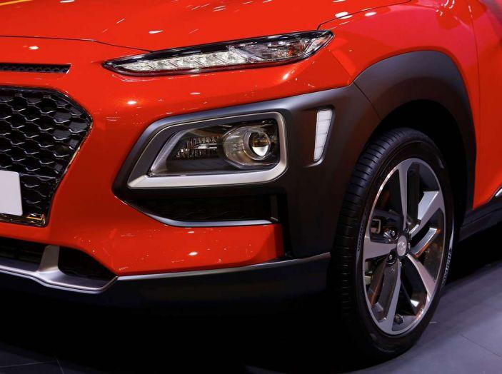 Hyundai Kona, dettagli e caratteristiche del nuovo SUV - Foto 8 di 20