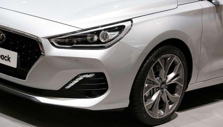 Hyundai i30 Fastback, la nuova coupè a 5 porte - Foto 7 di 13