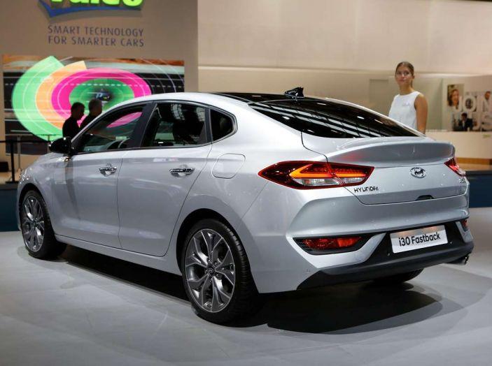 Hyundai i30 Fastback, la nuova coupè a 5 porte - Foto 3 di 13