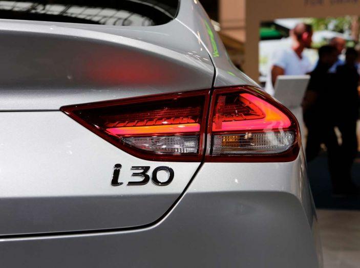 Hyundai i30 Fastback, la nuova coupè a 5 porte - Foto 6 di 13