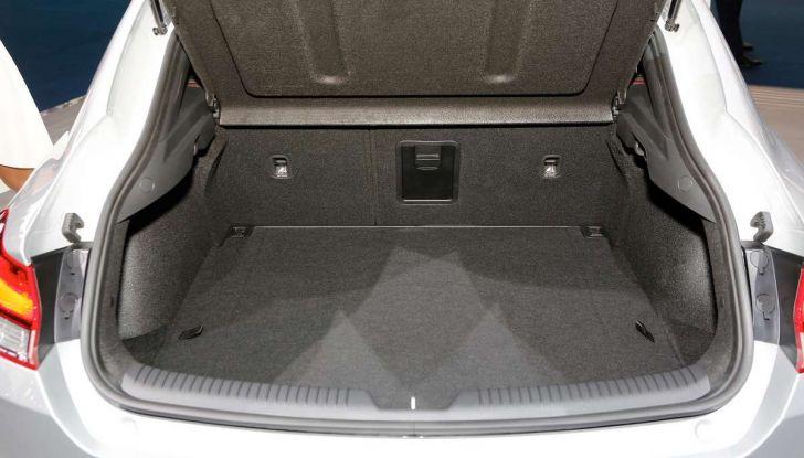 Hyundai i30 Fastback, la nuova coupè a 5 porte - Foto 9 di 13