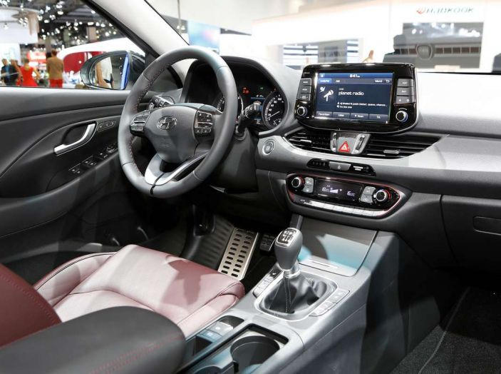 Hyundai i30 Fastback, la nuova coupè a 5 porte - Foto 10 di 13
