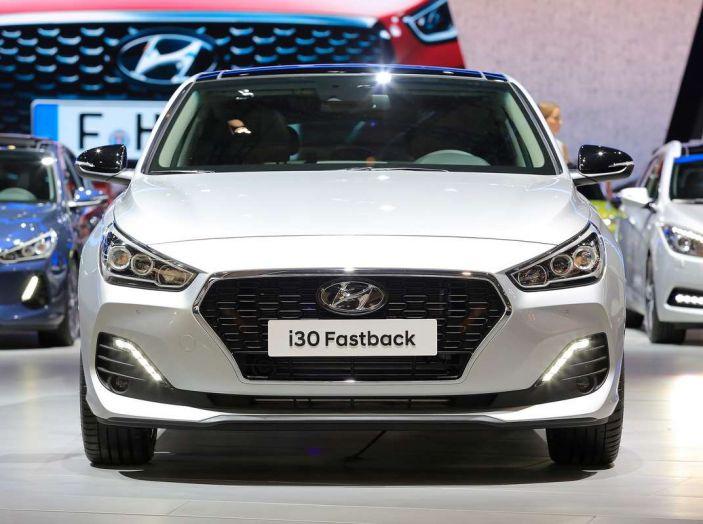 Hyundai i30 Fastback, la nuova coupè a 5 porte - Foto 4 di 13
