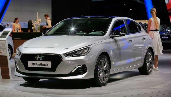 Hyundai i30 Fastback, la nuova coupè a 5 porte - Foto 1 di 13