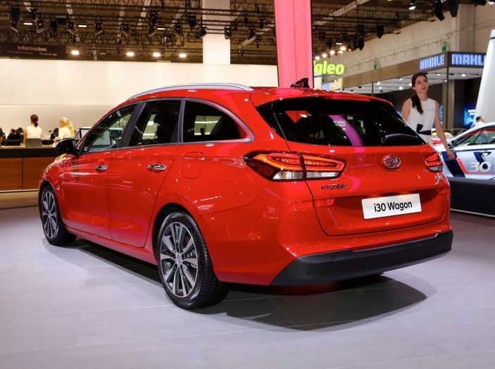 Nuova Hyundai i30 Wagon la familiare segmento C si rinnova - Foto 3 di 11