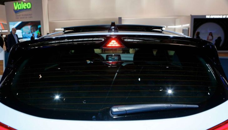 Hyundai i30 N, compatta sportiva da 275 cavalli - Foto 12 di 17