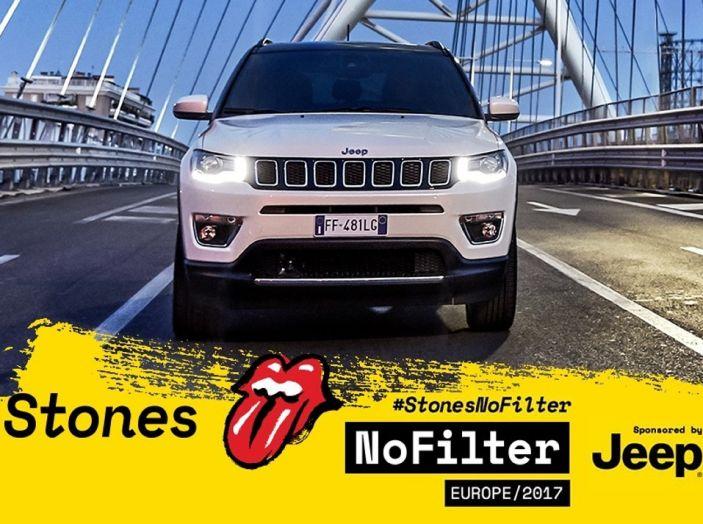 Jeep Compass con i Rolling Stones nel No Filter Tour 2017 in Europa - Foto 1 di 7