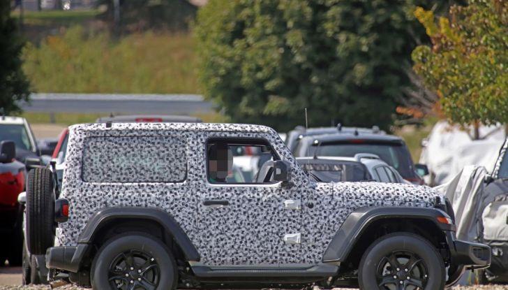 Jeep Wrangler, la nuova generazione sorpresa durante i collaudi - Foto 13 di 21