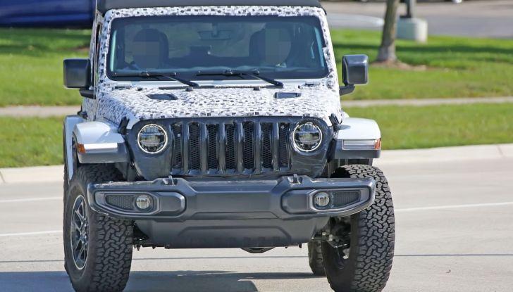 Jeep Wrangler, la nuova generazione sorpresa durante i collaudi - Foto 16 di 21