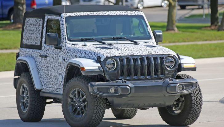 Jeep Wrangler, la nuova generazione sorpresa durante i collaudi - Foto 18 di 21