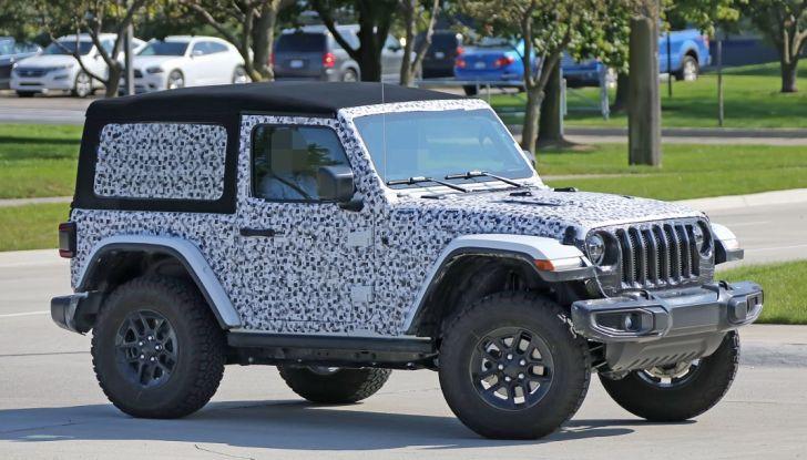 Jeep Wrangler, la nuova generazione sorpresa durante i collaudi - Foto 19 di 21
