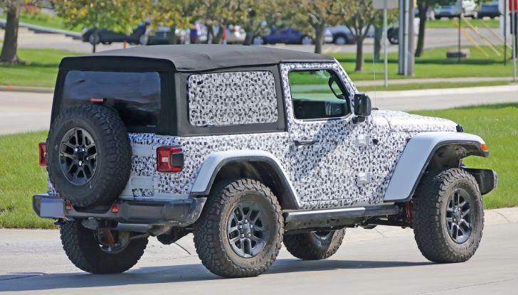 Jeep Wrangler, la nuova generazione sorpresa durante i collaudi - Foto 21 di 21