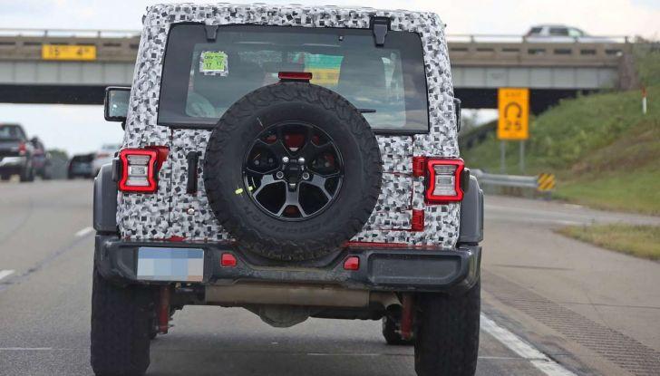 Jeep Wrangler MY2018, prime immagini spia - Foto 19 di 22