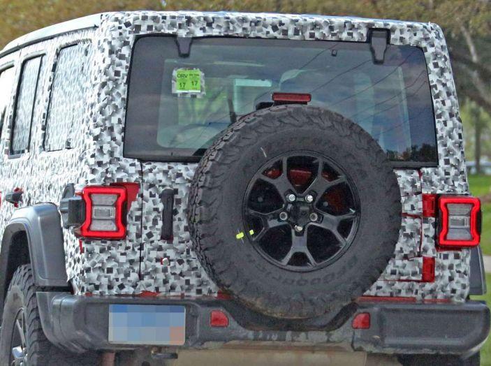 Jeep Wrangler MY2018, prime immagini spia - Foto 6 di 22