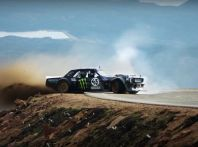 Ken Block alla Pike's Peak con una Mustang da 1.400CV [Video]