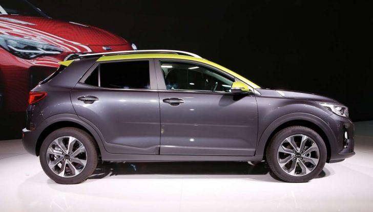 Kia Stonic, dettagli del SUV compatto coreano - Foto 8 di 19