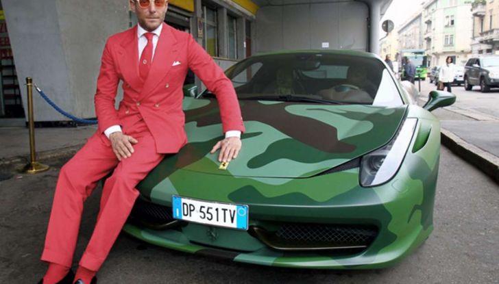 La Ferrari 458 Italia Army di Lapo Elkann battuta all'asta - Foto 2 di 9