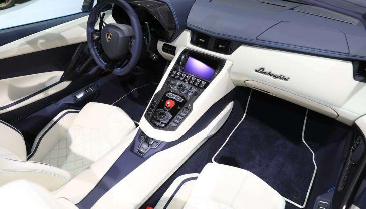 Lamborghini Aventador S Roadster - Foto 21 di 26