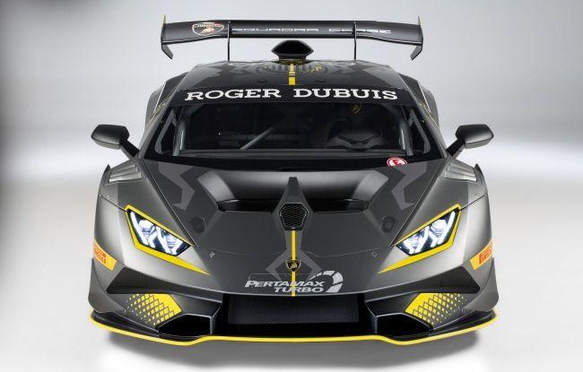 Lamborghini Huracán Super Trofeo EVO debutta con livrea Roger Dubuis - Foto 7 di 10