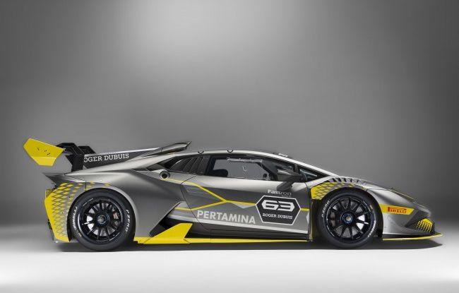 Lamborghini Huracán Super Trofeo EVO debutta con livrea Roger Dubuis - Foto 8 di 10