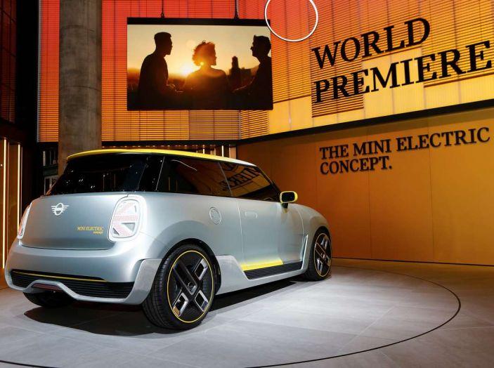 MINI Electric Concept per anticipare il 2019 al Salone di Francoforte - Foto 11 di 24