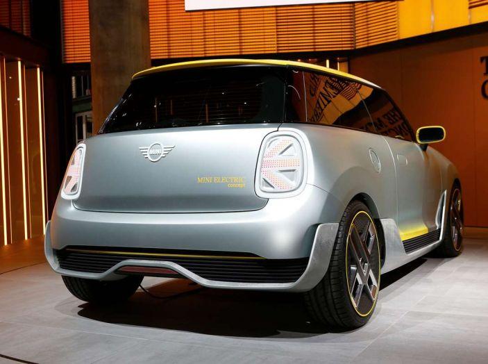 MINI Electric Concept per anticipare il 2019 al Salone di Francoforte - Foto 14 di 24
