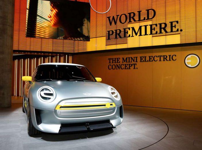 MINI Electric Concept per anticipare il 2019 al Salone di Francoforte - Foto 24 di 24