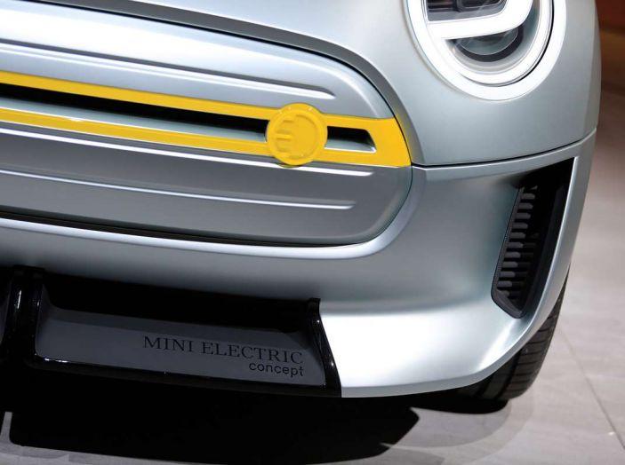 MINI Electric Concept per anticipare il 2019 al Salone di Francoforte - Foto 12 di 24