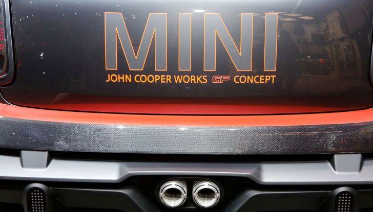 MINI John Cooper Works GP, sportiva da 300 CV - Foto 18 di 20