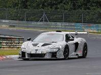 McLaren 675LT, immagini e dettagli del prototipo da gara