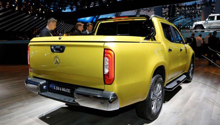 Mercedes Classe X, dettagli e informazioni del nuovo pick-up tedesco - Foto 7 di 21