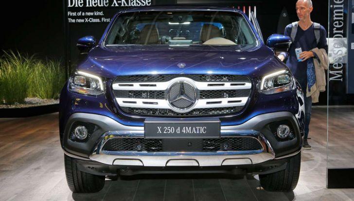 Mercedes Classe X, dettagli e informazioni del nuovo pick-up tedesco - Foto 17 di 21