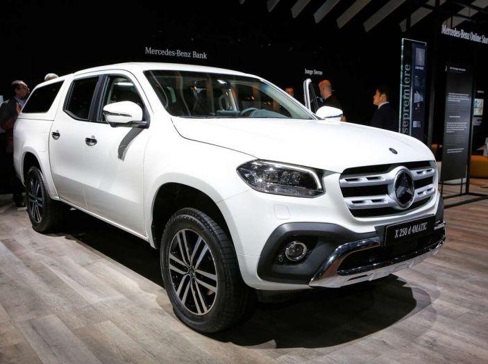Mercedes Classe X, dettagli e informazioni del nuovo pick-up tedesco - Foto 20 di 21