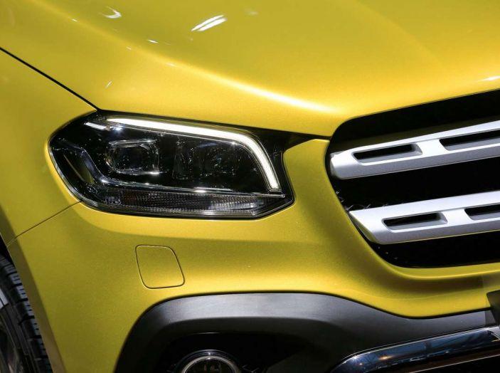 Mercedes Classe X, dettagli e informazioni del nuovo pick-up tedesco - Foto 2 di 21