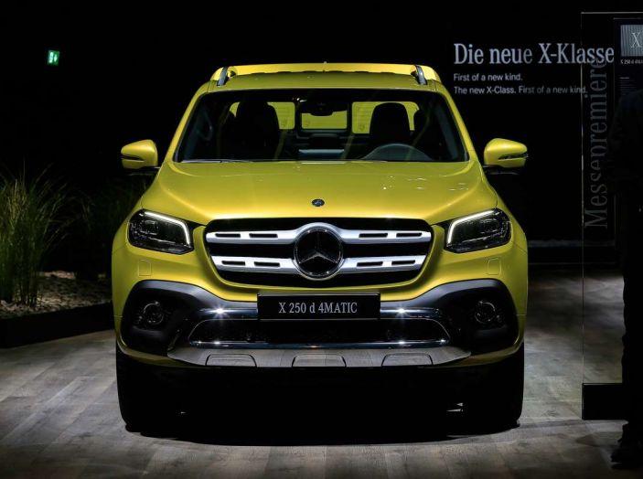 Mercedes Classe X, dettagli e informazioni del nuovo pick-up tedesco - Foto 8 di 21