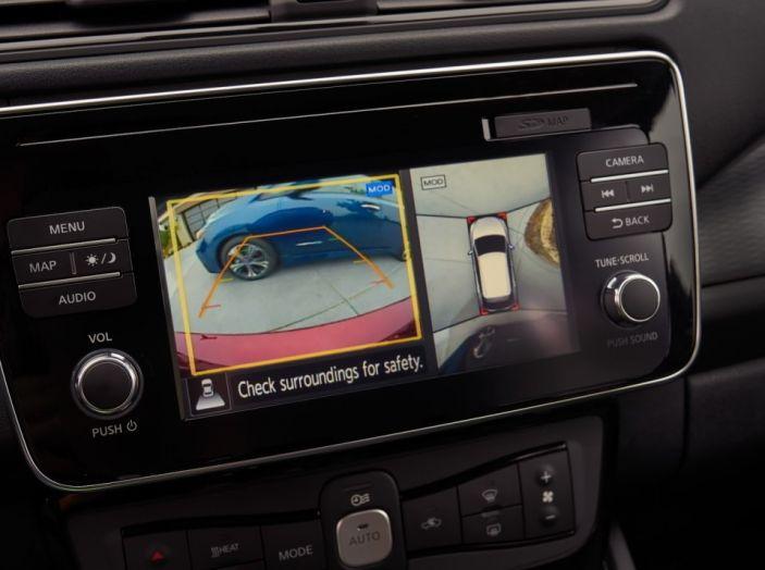 Nissan LEAF 2018: caratteristiche, autonomia e prezzi - Foto 11 di 26