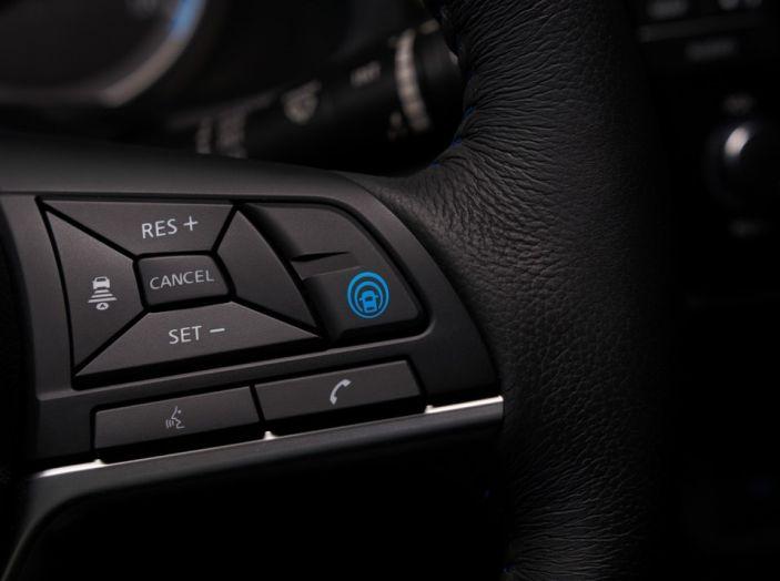 Nissan LEAF 2018: caratteristiche, autonomia e prezzi - Foto 14 di 26