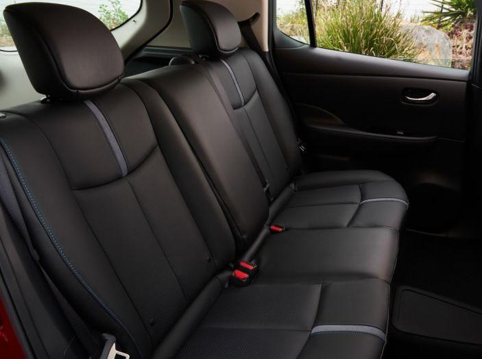 Nissan LEAF 2018: caratteristiche, autonomia e prezzi - Foto 17 di 26