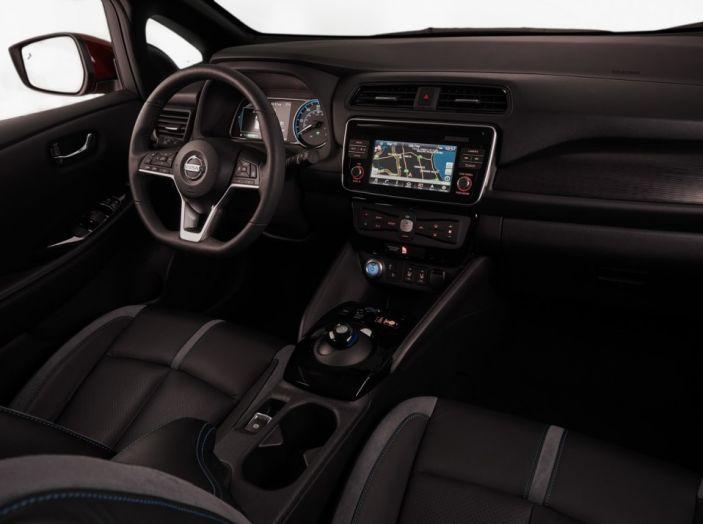 Nissan LEAF 2018: caratteristiche, autonomia e prezzi - Foto 21 di 26