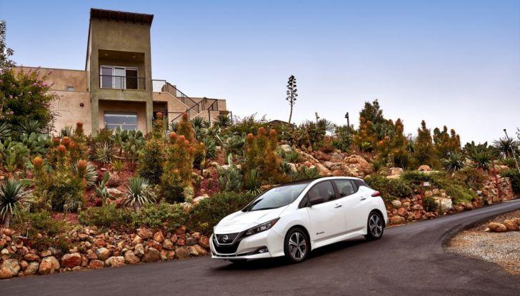 Nissan LEAF 2018: caratteristiche, autonomia e prezzi - Foto 4 di 26