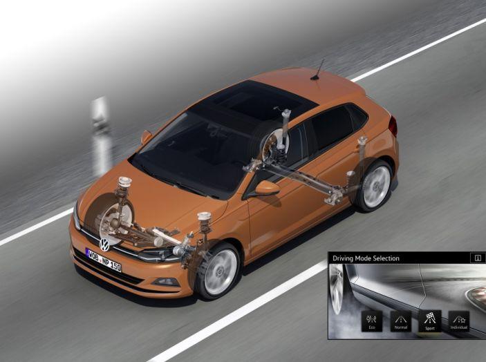 Nuova Volkswagen Polo 2018: prova su strada, motori e prezzi - Foto 28 di 34