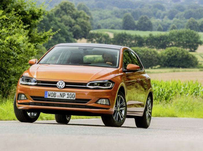 Nuova Volkswagen Polo 2018: prova su strada, motori e prezzi - Foto 31 di 34