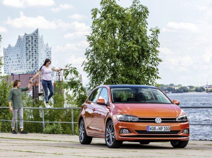 Nuova Volkswagen Polo 2018: prova su strada, motori e prezzi - Foto 12 di 34