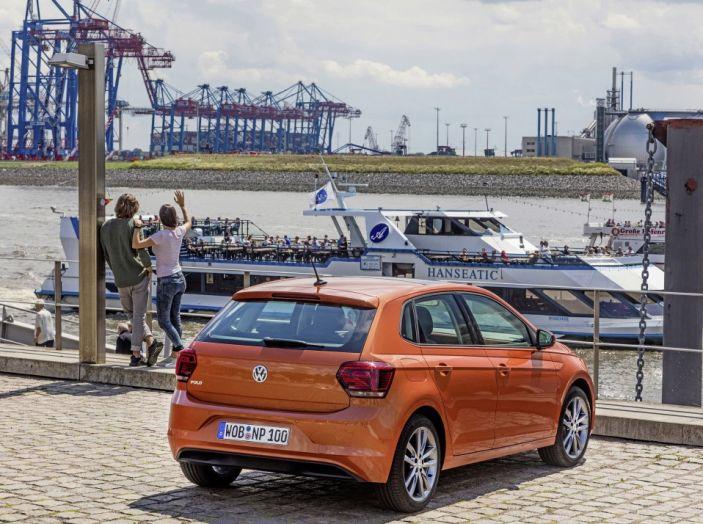 Nuova Volkswagen Polo 2018: prova su strada, motori e prezzi - Foto 13 di 34